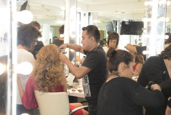 El cabello es uno de los atractivos más vistosos de Ximena, que siempre...
