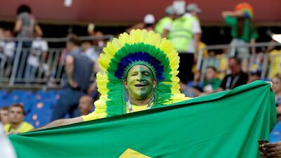 La alegría de los fanáticos de Brasil y Suiza en el duelo de Mundial