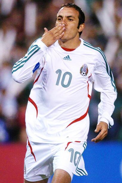 Sí, el ganón fue Cuauhtémoc Blanco, el talentoso futbolista de la Selecc...