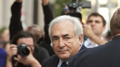 Mucamas gritan insultos a ex banquero Dominique Strauss-Kahn en Nueva York