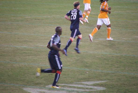 Desafortunadamente, el equipo extranjero ganó el juego por dos goles a uno.