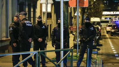 Continúa la búsqueda de nuevos sospechosos en atentados de París