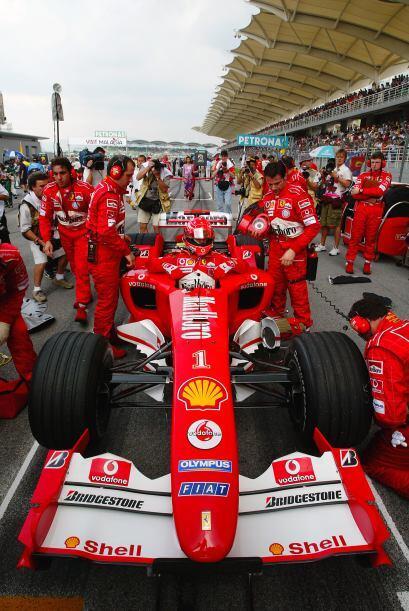 En el 2002 vivió uno de sus momentos más polémicos, cundo Ferrari le pid...
