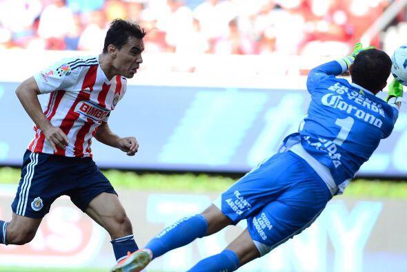 El peor portero: César Lozano. El guardameta de Jaguares cometi&o...