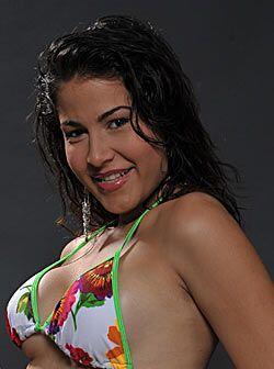 Alexandra Bello es otra mujer que raya en las perfección y solo tiene un...