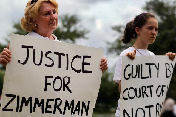 1 de junio de 2012.  El juez Kenneth Lester revoca la libertad condicion...