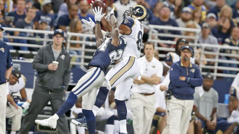 Durante el partido vs. los Rams (AP-NFL).