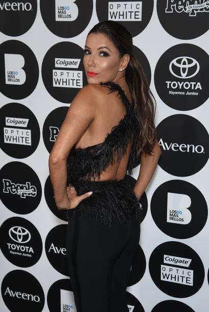 Eva Longoria luciendo su 'outfit' divino