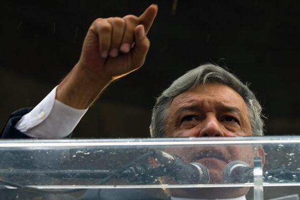 """El líder político izquierdista llamó a López Obrador """"a mantener la sere..."""