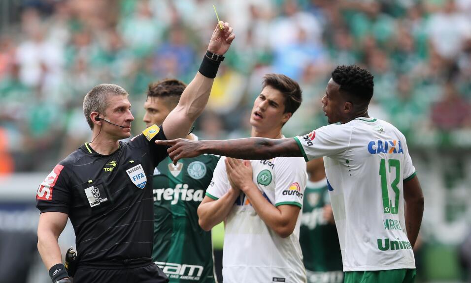 Marcelo se desempeñaba como defensor y había tenido un paso por el Flame...