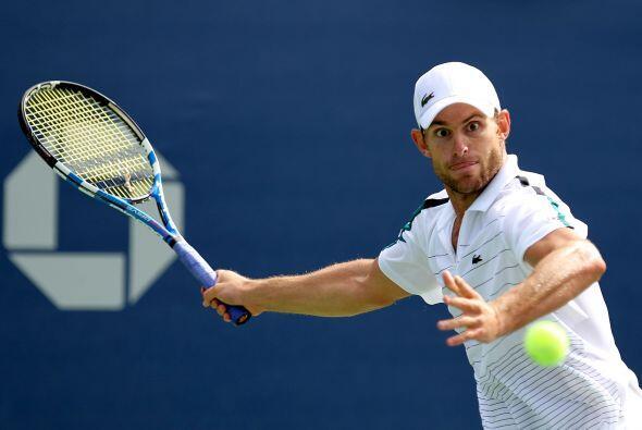 El estadounidense Andy Roddick[21] se impuso sin muchos problemas al esp...