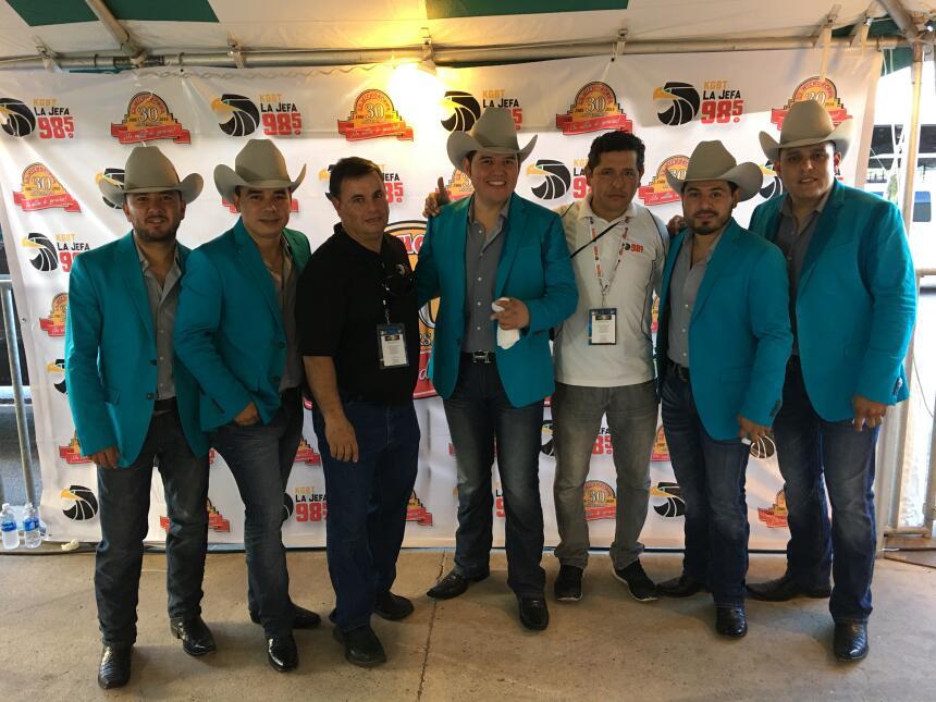 La familia de Univision McAllen en Fiestas Patrias 2016 IMG_0574.JPG