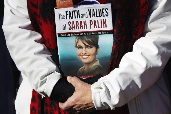 Sarah Palin era la desconocida gobernadora de Alaska hasta que John  McC...
