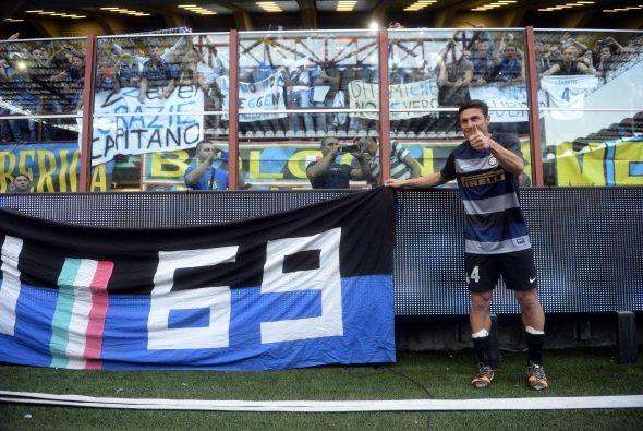Javier Zanetti llegó al Inter en 1995. Disputó con este equipo 865 parti...