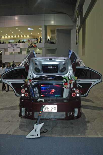 La tecnología no pasa desapercibida y en muchos autos es común ver enorm...