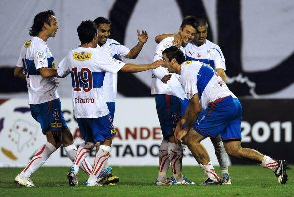 Con goles de Marcelo Cañete y del argentino Lucas Pratto, los 'cruzados'...