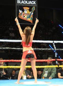 Por eso, en los descansos del boxeo, nadie le puede dar la espalda al cu...