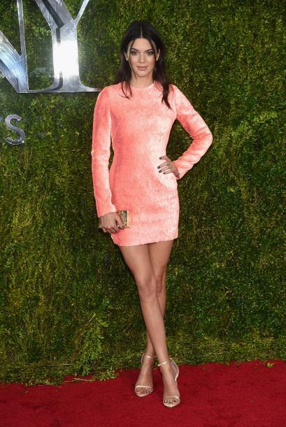 Dado que Kendall es la nueva imagen de la marca, no es raro que vista al...