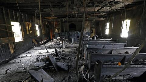 Una iglesia afroamericana incendiada en Mississippi