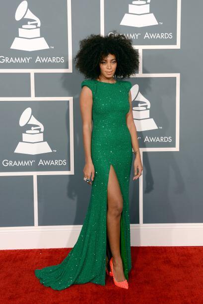 Una que nos llamó la atención en 2013 fue Solange Knowles, quien decidió...