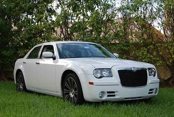 Desde su debut en el 2005, el nuevo Chrysler 300 acaparó prácticamente t...