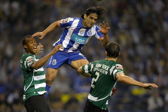 Ya con el título luso amarrado, Falcao sigue haciendo goles, como ante e...