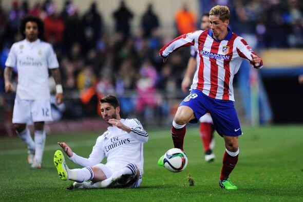 Sergio Ramos vivió una tarde de pesadilla ante su ex compañero de selecc...