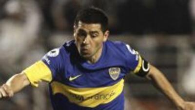 Palmeiras quiere a Juan Román Riquelme para jugar la Libertadores 2012 y...