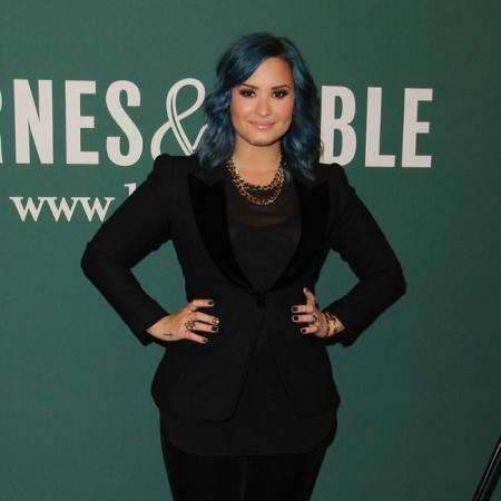 Demi Lovato no se quedó atrás y le agradeció las dulces palabras. La int...