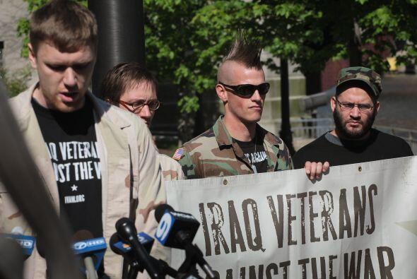 Veteranos de guerra se unieron a la petición del regreso de las tropas.