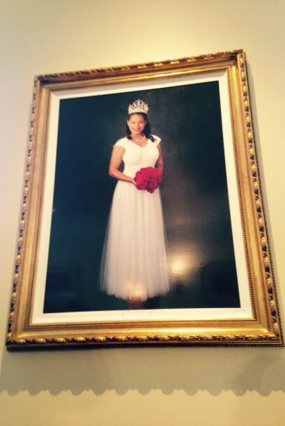 Otro atractivo del mansión es el gigantesco retrato de la reina d...