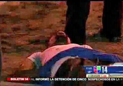 Un indignado convulsionó durante su arresto y fue llevado de emergencia...