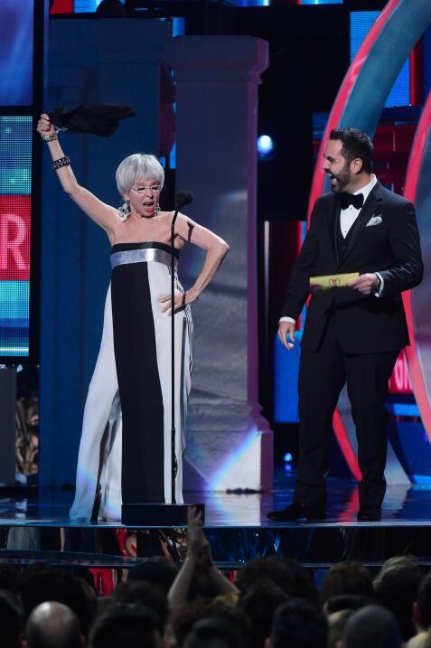 ¡WEPA! Nuestra Rita Moreno también se encendió en esta noche de #LatinGR...