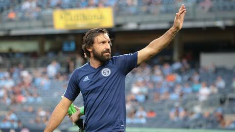 Andrea Pirlo confirmó su retiro del fútbol.