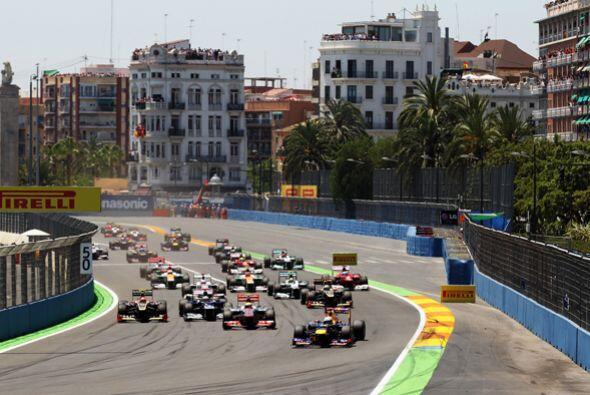 En cuanto a los pilotos latinos, el mexicano Sergio Pérez finalizó en la...