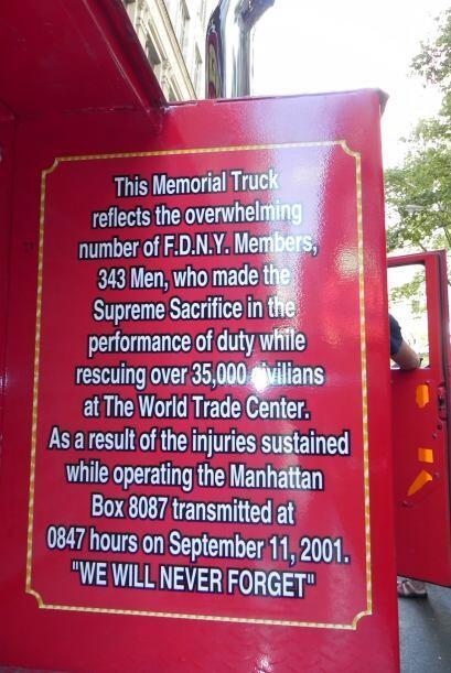 Carro bombero recuerda a sus caídos el 9/11 46b78eb525304bc194dd435ef34a...