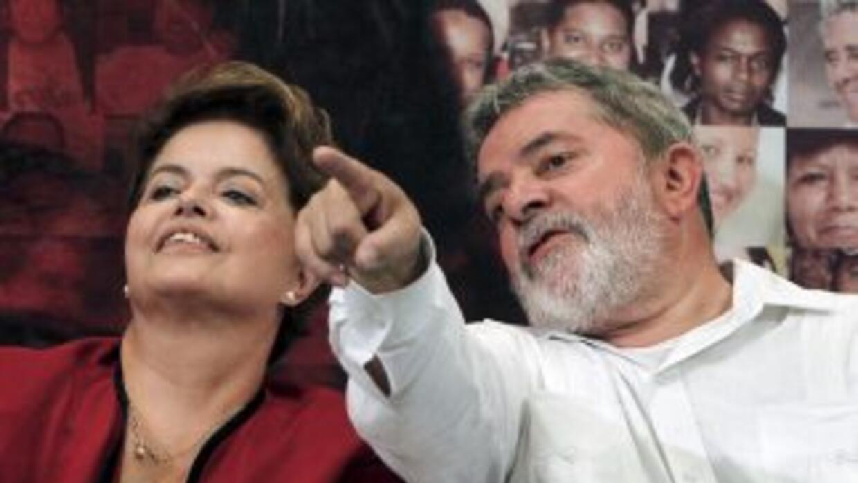 La economista Dilma Rousseff asume este sábado la Presidencia de Brasil,...
