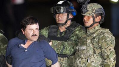 """""""El Chapo"""" Guzmán es mostrado a la prensa."""