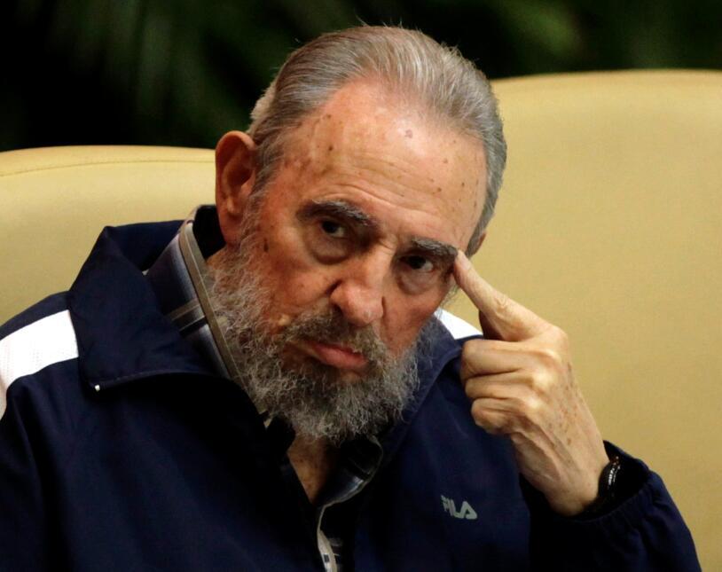 """""""Dentro de la Revolución, todo; contra la Revolución,..."""
