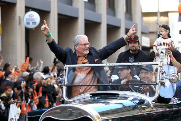 Los Giants celebraron el título de la Serie Mundial con el tradic...