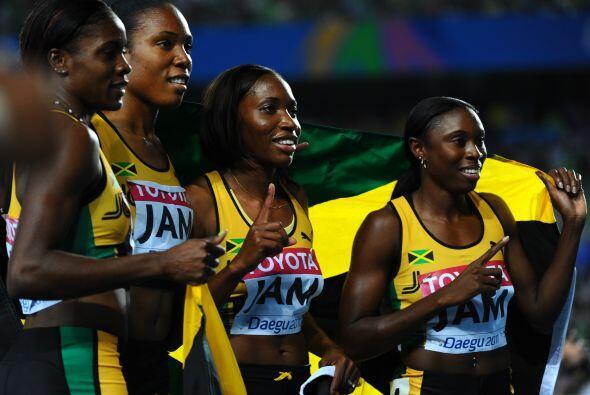 Pero las jamaicanas no se quedaron atras.
