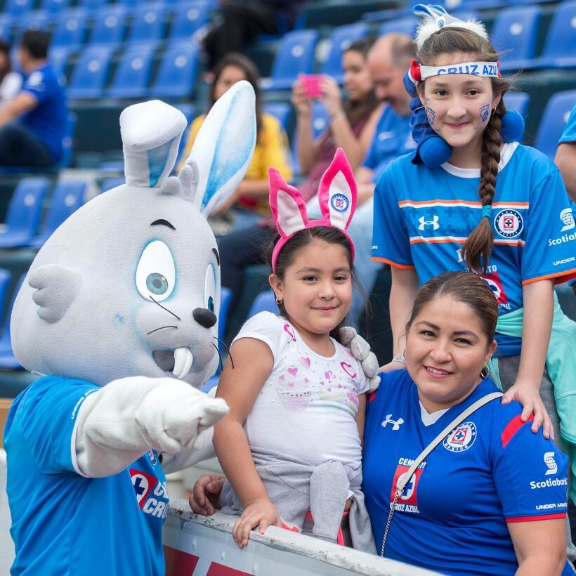 Cruz Azul deja ir la victoria en los últimos minutos ante Morelia  20170...