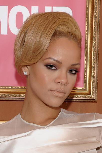 """¡Vida nueva, """"look"""" nuevo! dejando en el pasado los problemas, Rihanna a..."""