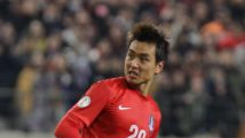 Lee Dong-Gook hizo un doblete para sentenciar a Venezuela.