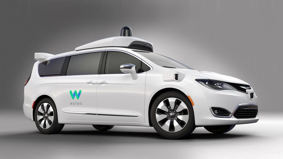 Chrysler Pacifica híbrida autónoma de Waymo