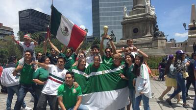 La celebración de los mexicanos en el Ángel de la Independencia tras vencer a Alemania