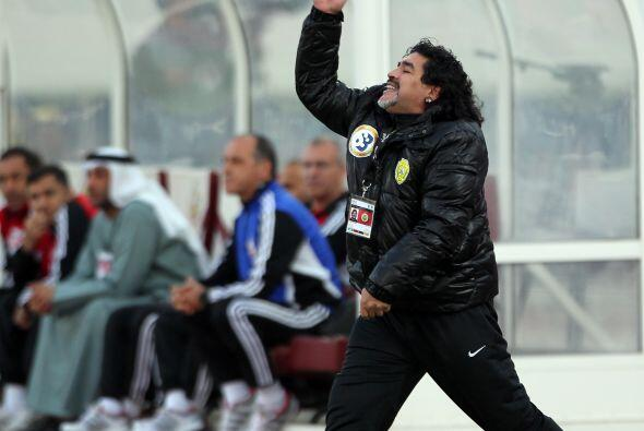"""""""Maradona quiere aclarar a los napolitanos y a los italianos que no es u..."""