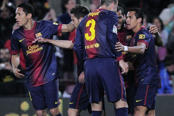 Andrés Iniesta sirvió para la llegada del chileno Alexis Sánchez, quien...