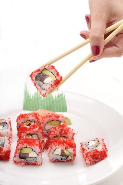 Una vez que tengas el arroz listo intenta preparar este rollo, inspiraci...