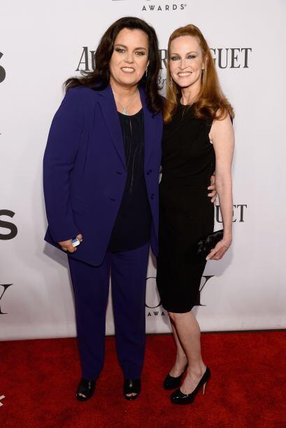 Rosie O'Donnell y Michelle RoundsMira aquí los videos más chismosos.